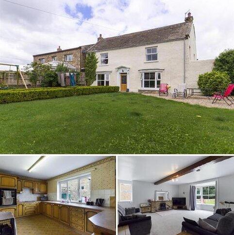4 bedroom detached house for sale - Newsham, Richmond