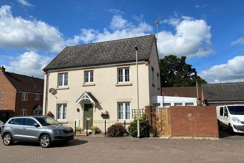 3 bedroom semi-detached house to rent - Hawks Drive, Moorhayes, TIVERTON