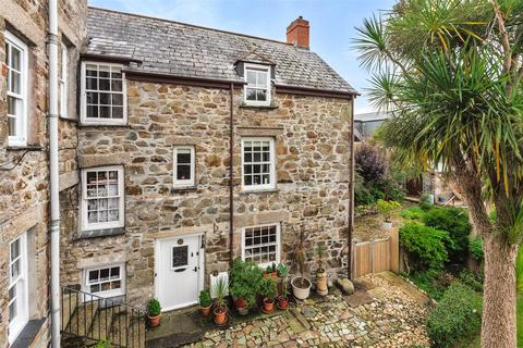 2 bedroom semi-detached house for sale - 14a Church Street, Helston