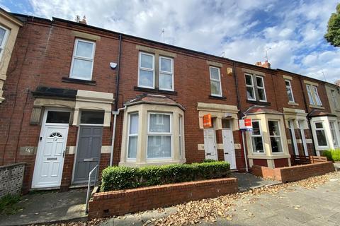 2 bedroom property for sale - Park Crescent East, North Shields