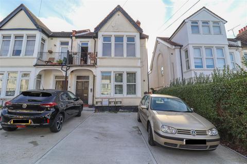 1 bedroom ground floor flat for sale - Meteor Road, Westcliff-On-Sea