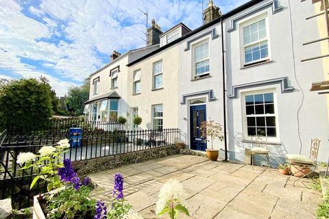 3 bedroom townhouse for sale - Lleyn Street, Pwllheli
