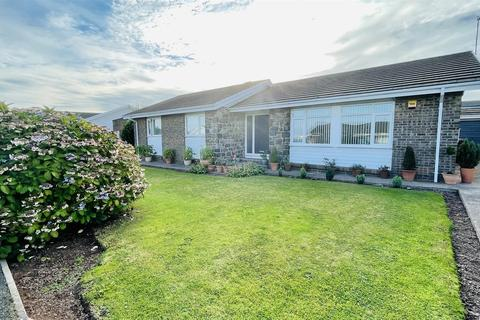 3 bedroom detached bungalow for sale - Ramsey Drive, Milford Haven