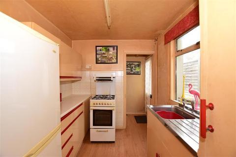 3 bedroom terraced house for sale - East Street, Ashford, Kent