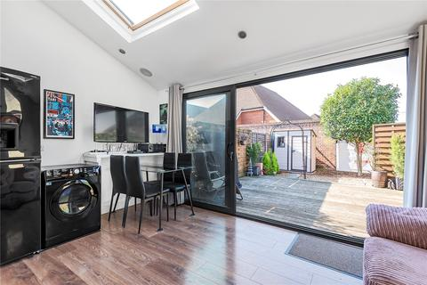3 bedroom terraced house for sale - Bedivere Road, Grove Park, Bromley, London, BR1