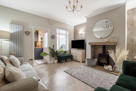 3 bedroom terraced house for sale - Glebe Street, Castleford, WF10 4AP