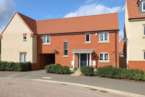 4 bedroom semi-detached house for sale - Whinfell Road, Chesterfield, S41