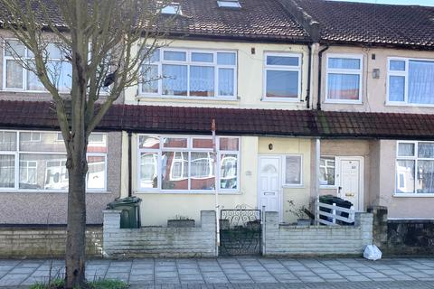 4 bedroom terraced house to rent - Fieldend Road, Fieldend Road, London, Greater London, SW16