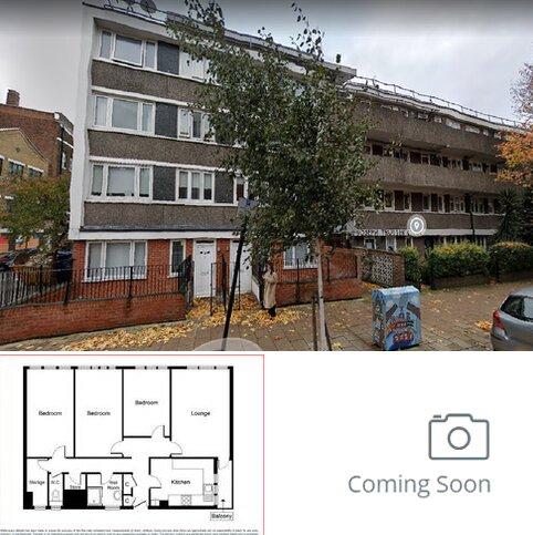 3 bedroom flat to rent - Joseph Trotter Close EC1R
