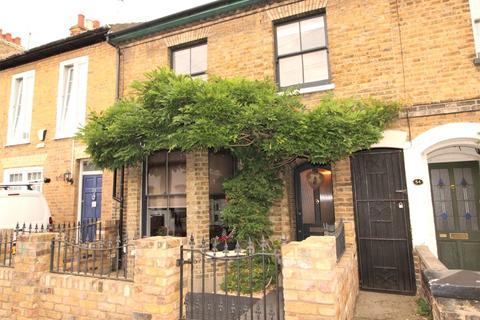 4 bedroom terraced house for sale - Park Street, Westcliff-on-Sea, SS0