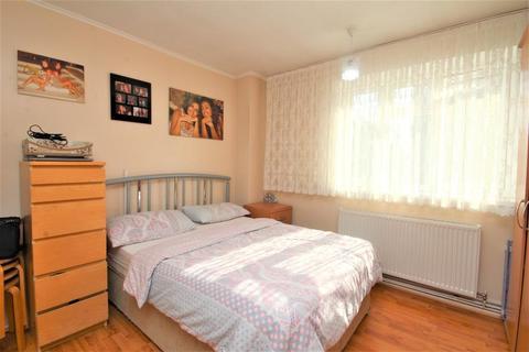2 bedroom flat to rent - Amhurst Road, Hackney, London, E8 1LW