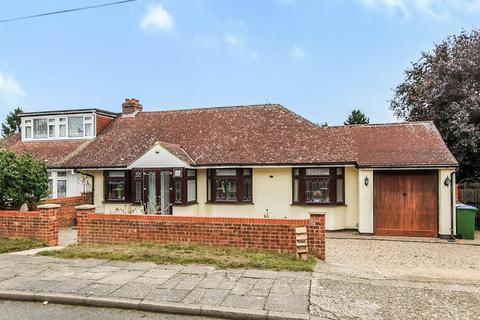 3 bedroom bungalow for sale - Barton Road , Sidcup, Kent