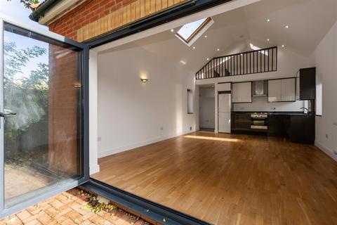 2 bedroom detached house for sale - Buckfast Road, Morden