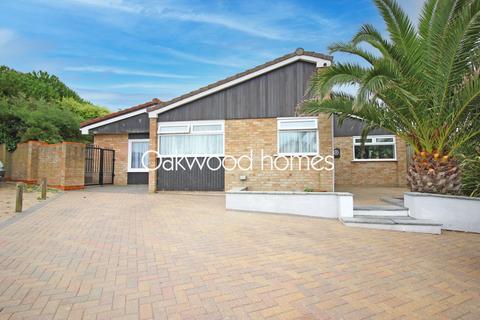5 bedroom detached bungalow for sale - Sandhurst Road, Palm Bay, Margate
