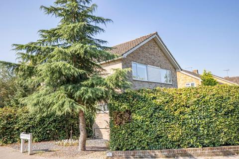 4 bedroom detached house for sale - Hawkshead Road, Potters Bar, EN6