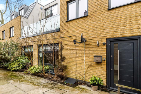 3 bedroom end of terrace house for sale - Omega House N22