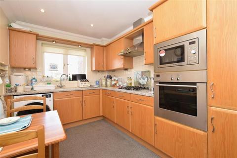2 bedroom flat for sale - Greenfields, Bognor Regis, West Sussex
