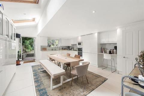 5 bedroom terraced house to rent - Crescent Lane, SW4