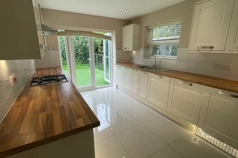 4 bedroom semi-detached house to rent - Olive Grove, Liverpool, Merseyside, L15