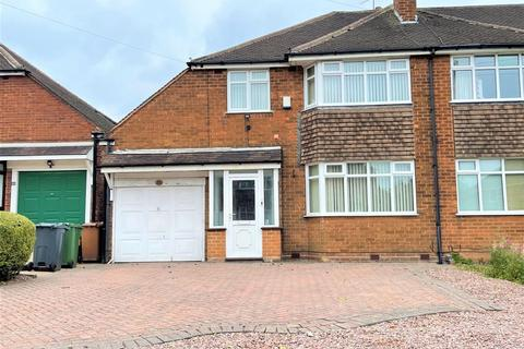 3 bedroom detached house to rent - 25 Canberra Road, Walsall