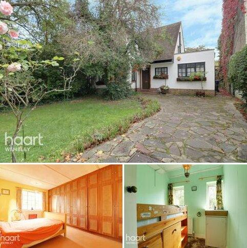 3 bedroom detached house for sale - Oakington Avenue, Wembley