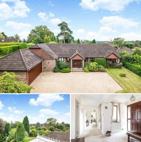 4 bedroom detached bungalow for sale - Harborough Meadow, Harborough Gorse, West Chiltington, West Sussex, RH20