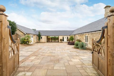 3 bedroom detached bungalow for sale - Shacklewell Barns, Stamford Road
