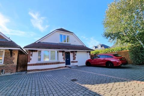 3 bedroom detached house for sale - Orchard Walk, Bournemouth