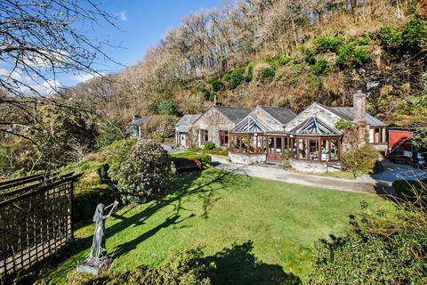 4 bedroom manor house for sale - St. Neot