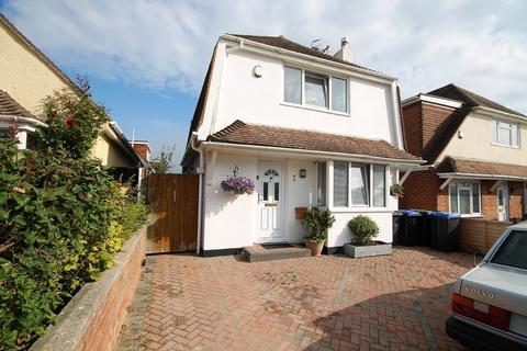 3 bedroom detached house for sale - Grafton Drive, Sompting, Lancing