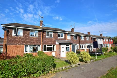 3 bedroom terraced house for sale - Linnet Drive, Chelmsford, CM2