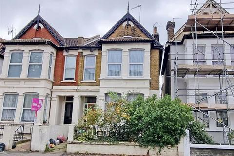 2 bedroom flat for sale - York Road, Southend On Sea, Essex