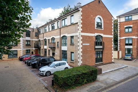 1 bedroom flat for sale - Windsor court, Corner Hall, Hemel Hempstead