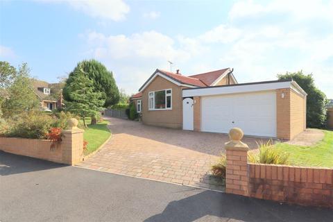 3 bedroom detached bungalow for sale - Rope Bank Avenue, Crewe