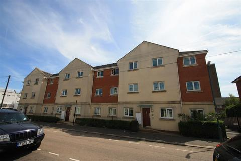 2 bedroom flat to rent - Guildford Road, Southend-On-Sea