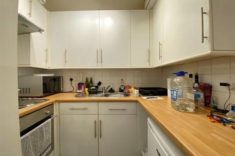 Studio for sale - Western Place, Worthing