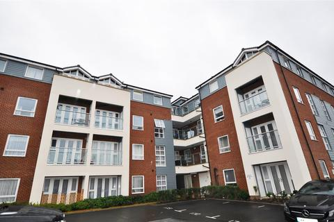 2 bedroom flat to rent - Tower Hill Court, Morris Drive, Belvedere, Kent, DA17 6FL