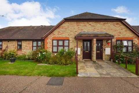 1 bedroom bungalow for sale - Clements Green Court, South Woodham Ferrers