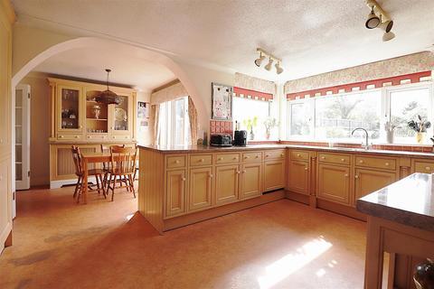 4 bedroom chalet for sale - Long Lane, Bexleyheath