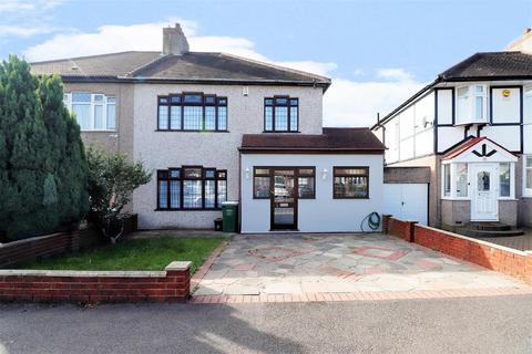 4 bedroom semi-detached house for sale - Madison Crescent, Bexleyheath