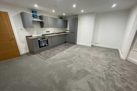 3 bedroom apartment to rent - Bournemouth Road, Parkstone