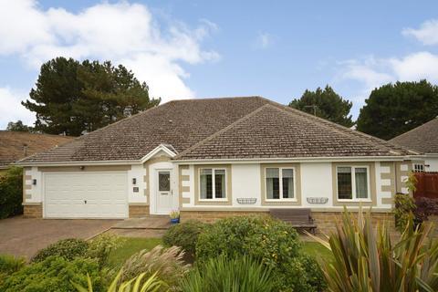 3 bedroom bungalow for sale - Ever Green, Greenfield Lane, Guiseley, Leeds