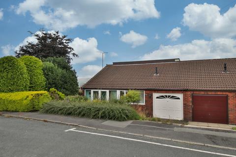 3 bedroom bungalow for sale - Merlin Close, Hollingworth Lake