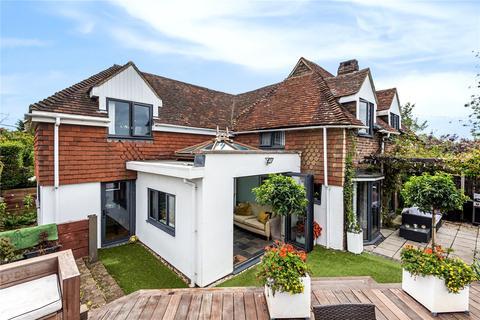 3 bedroom semi-detached house for sale - Hilland Road, Billingshurst, RH14