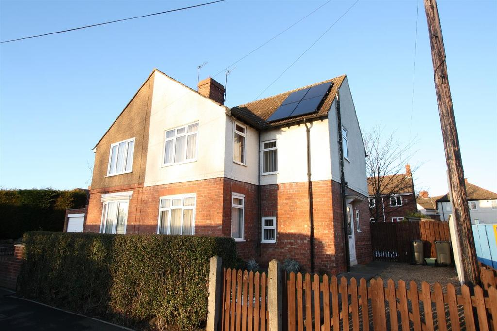 3 Bedrooms Semi Detached House for sale in Newton Lane, Darlington