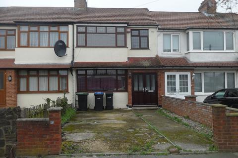 3 bedroom terraced house to rent - Longfield Avenue, EN3