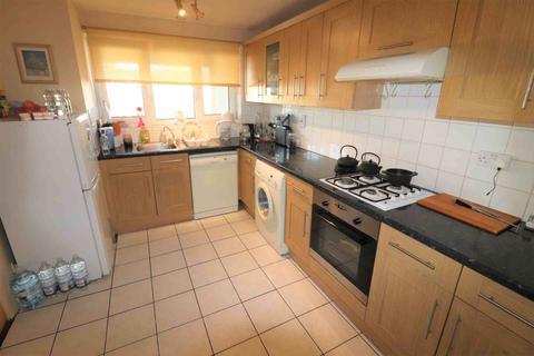 3 bedroom flat to rent - Wadhurst Close, Penge