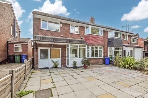 4 bedroom semi-detached house for sale - Warwick Avenue, Whitefield, M45
