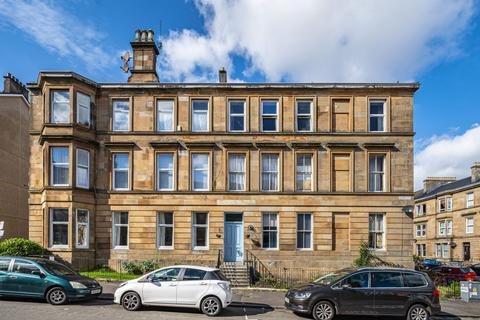 3 bedroom flat for sale - 1/1 2 Herriet Street, Pollokshields, Glasgow, G41 2RQ