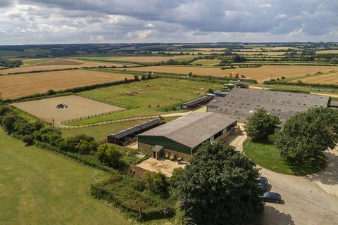 2 bedroom equestrian property to rent - Bourton Hill Farm, Bourton-on-the-Water, Gloucestershire, GL54 2LF